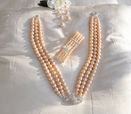 Jewlery pearl set. Brilliant